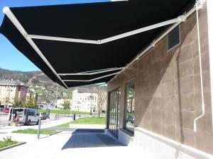 Oviedo biela